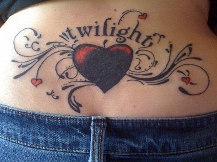 los-peores-tatuajes-de-lumbares34