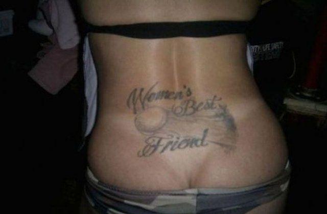 los-peores-tatuajes-de-lumbares6