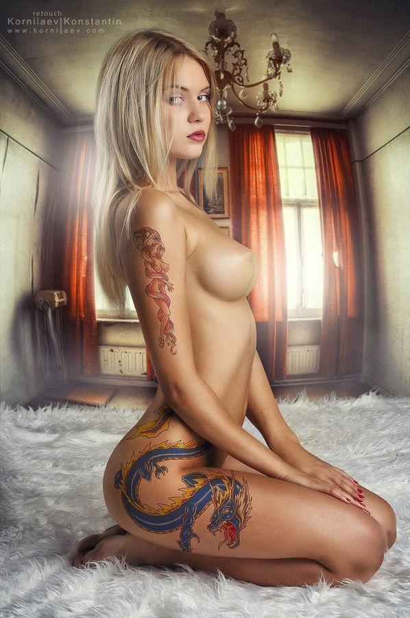 sexy female gorgeous naked