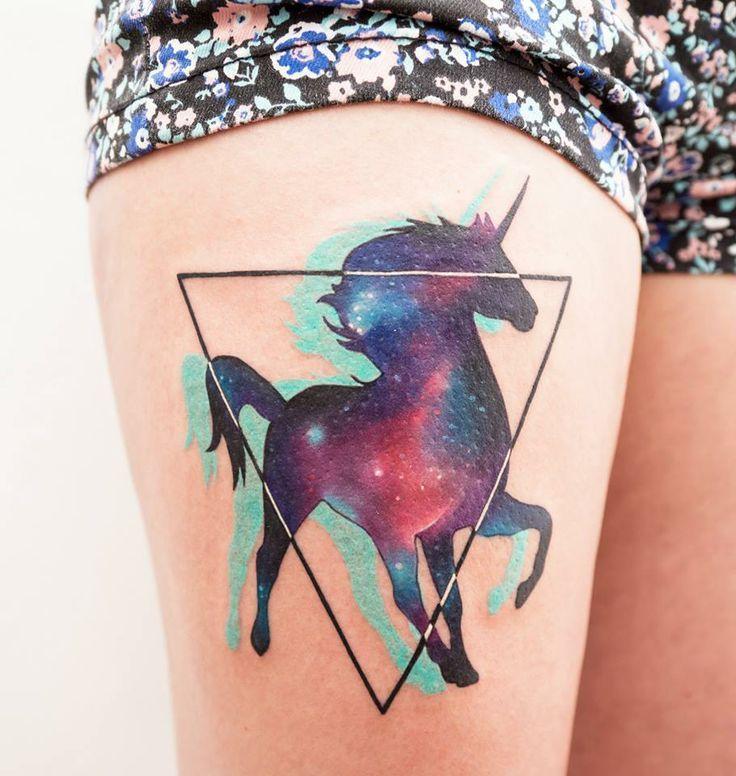 Tatuaje de unicornio por Sasha Unisex