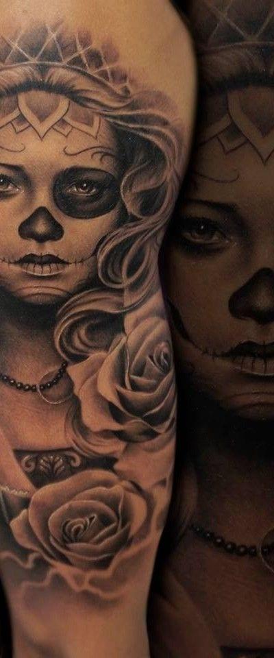 Mujer calavera en negro y gris