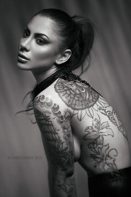 Las 30 chicas tatuadas más sexy de 2015 26