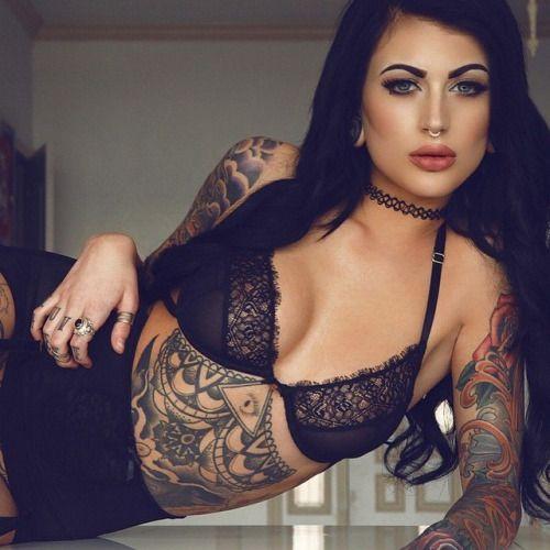 Las 30 chicas tatuadas más sexy de 2015 47