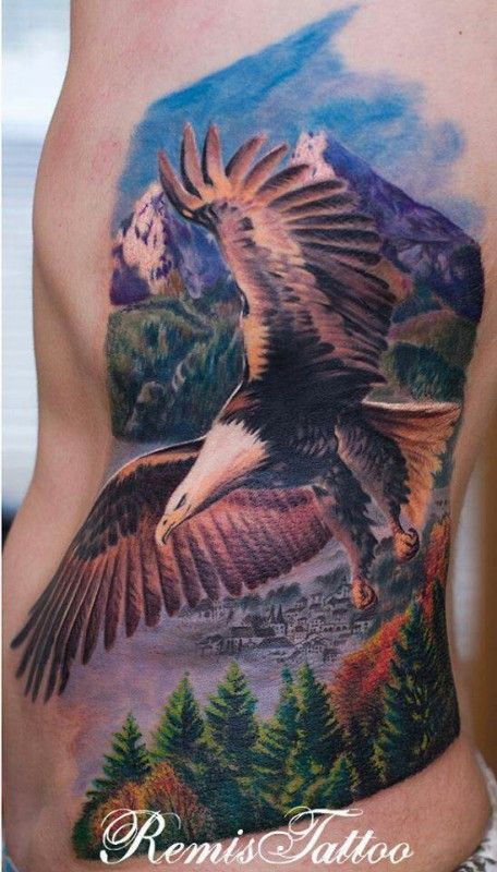 Alguna vez has soñado en volar? Tatuaje por Remis in Dublin, Irlanda.
