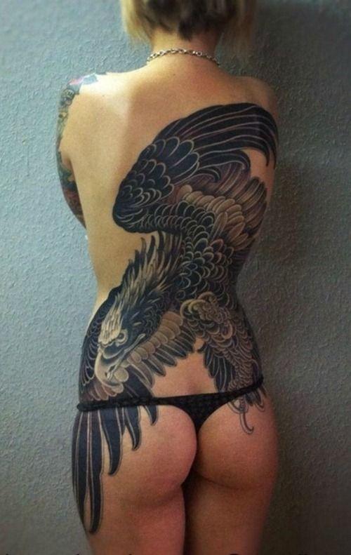 Increible posicionamiento den la espalda. Artista desconocido.