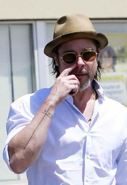 Nuevos tatuajes de Brad Pitt 15
