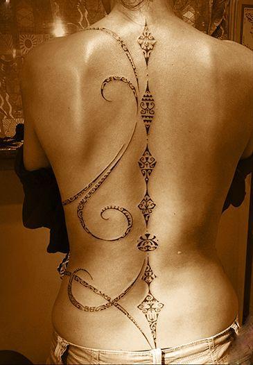 tatuajes-de-columna-vertebra-07