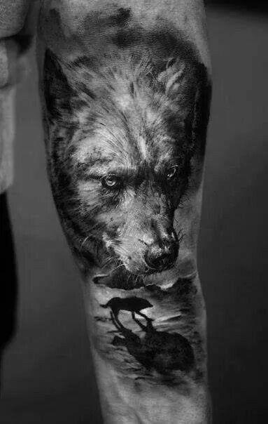 Tatuaje lobo por Domantas Parvainis