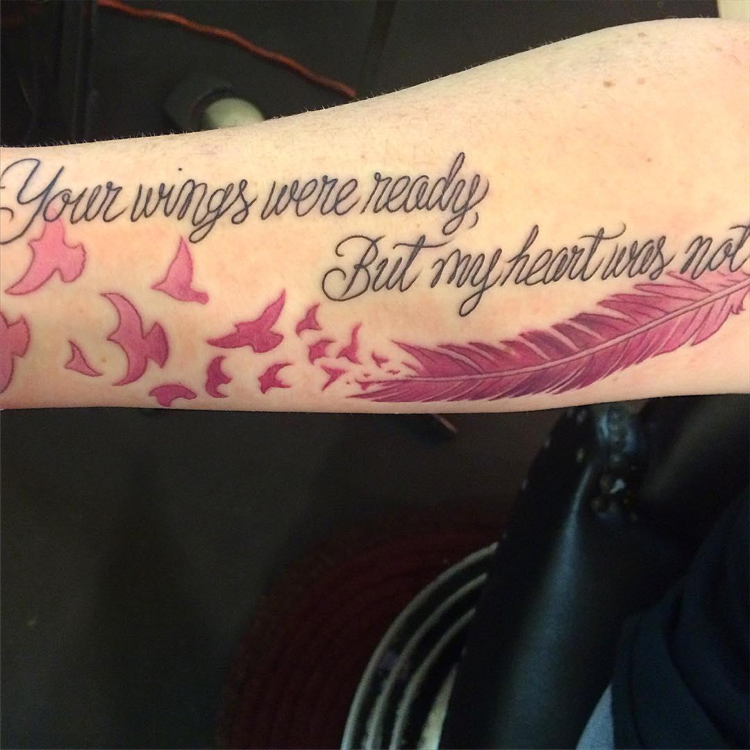 Tatuajes De Plumas, La Selección De Las Mejores Fotos