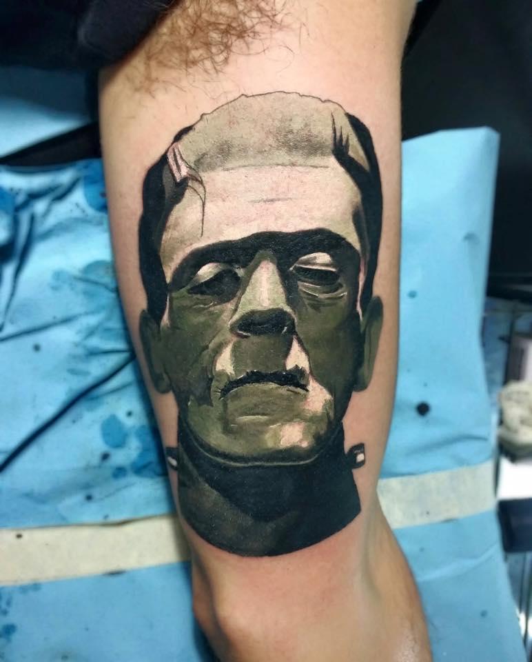 Tatuaje de frankeinstein
