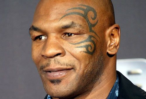 Mike Tyson y su mitico tatuaje maori