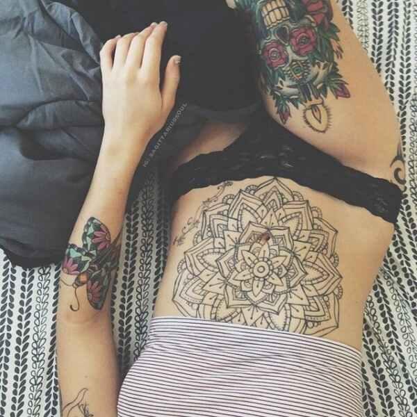 tatuajes-en-el-estomago-11-7453093