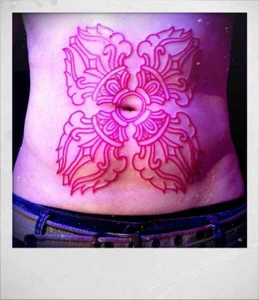 tatuajes-en-el-estomago-19-4709599