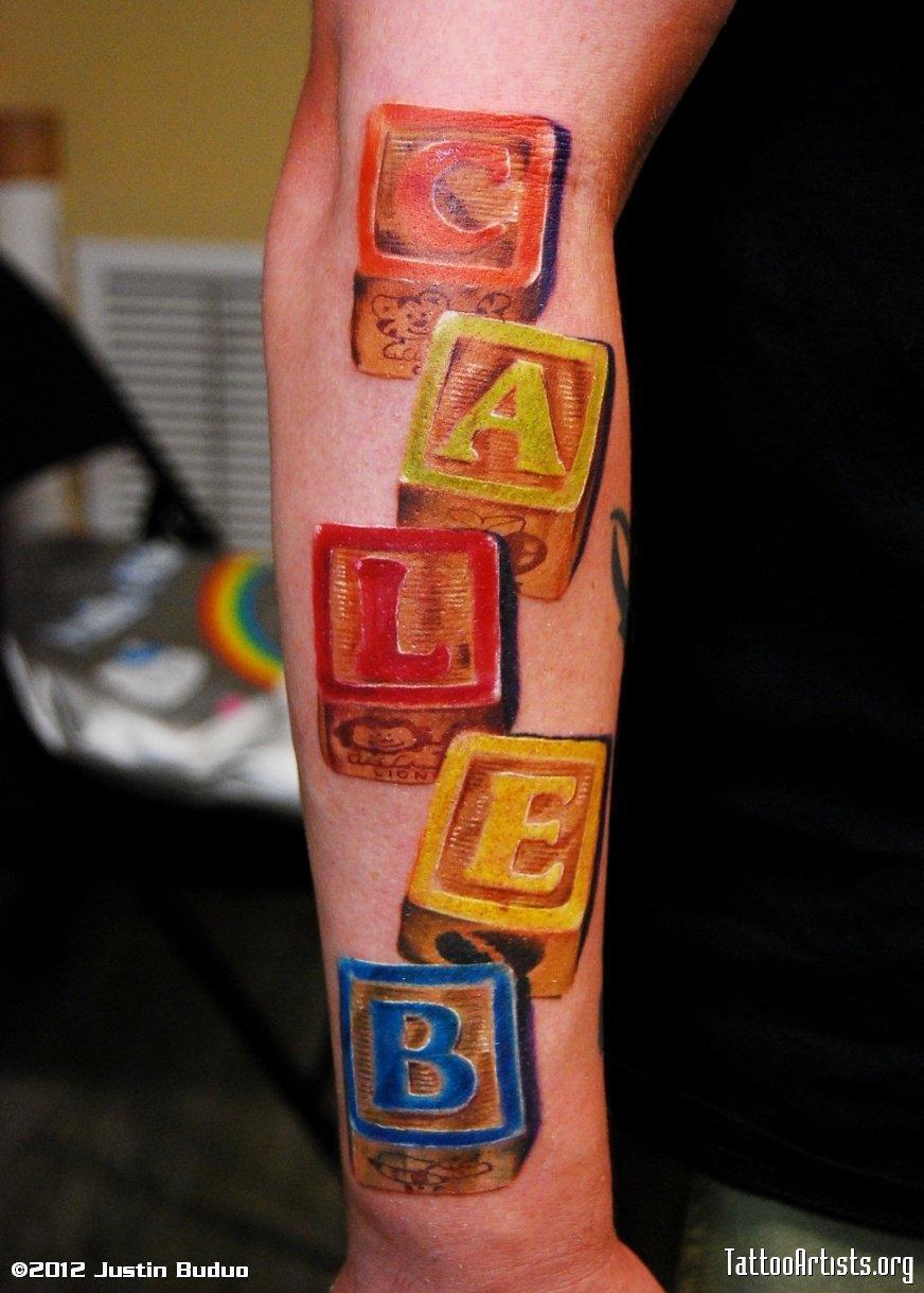 Tatuajes de bloques de construcción