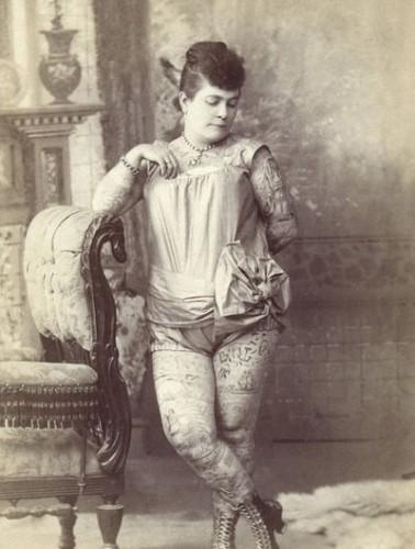 primera-mujer-occidental-tatuada