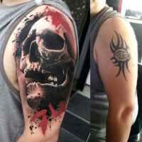 ¿Cómo tapar o transformar un antiguo tatuaje?