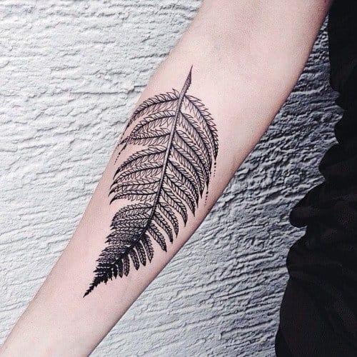 Tatuajes de plantas y flores: ¡plasma la primavera en tu piel! 5