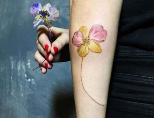 Tatuajes de plantas y flores: ¡plasma la primavera en tu piel!