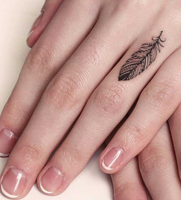 Tatuaje minimalista: el gusto por la sencillez en la piel 15